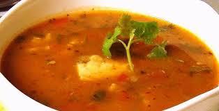 Sopa De Cabeza De Pescado Con Camarones