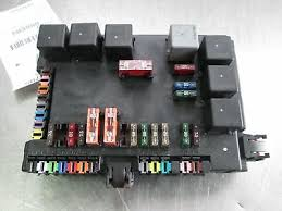 Rear Trunk Fuse Relay Terminal Junction Box 2215403250 Mercedes S550 W221 2007 Ebay