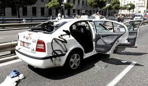 Resultat d'imatges de taxi huelga violencia