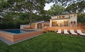 Modern Green Home. slide