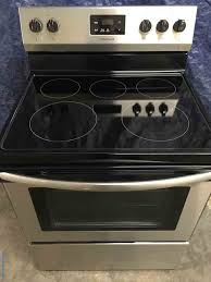 brand new stainless frigidaire glass top stove with convection oven