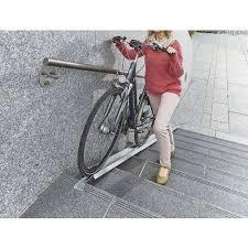 Es stehen 2 fahrradschienen für dachträgersysteme zum verkauf, da ich auf eins für die. Fahrradrampe Fur Treppe Manutan Deutschland