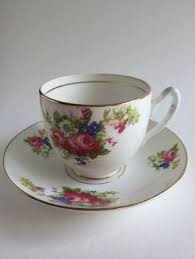 Decorative Cups And Saucers Decorative Arts Ceramics Porcelain Cups Saucers Antiques 84