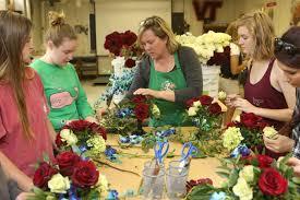 Floral Design Schools In Virginia Green Blooded Floral Designer Spruces Up Virginia Tech