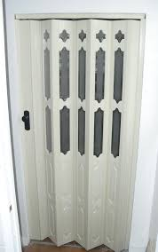 accordian doors as Space Saving Door