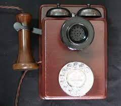 gpo 121 wall mounted wooden telephone