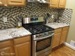 kitchen countertops materials quartz