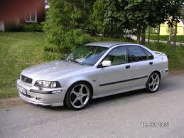 2001 Volvo S40 - Information and photos - ZombieDrive