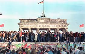 berlin wall essay berlin wall essay