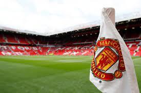 مانشستر يونايتد يكشف عن زيادة بنسبة 55% في صافي الدين هذا الموسم