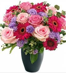 Many flower delivery services offer inexpensive mother's day arrangements and special flower delivery deals, plus free shipping on select see below for the 10 best mother's day flower delivery services of 2021, whether you're looking for the most extravagant floral arrangement or a simple. Mothers Day Flowers Delivered Free Design Corral