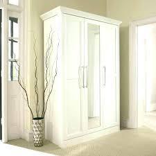 mirrored bifold closet doors closet doors x mirrored closet doors mirrored bifold closet doors frameless uk