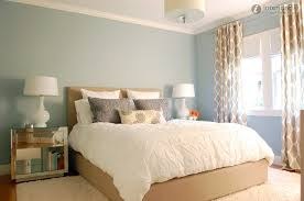 simple apartment bedroom decor. Simple Small Apartment Bedroom Decor With Rugs And Modern Bedside Table