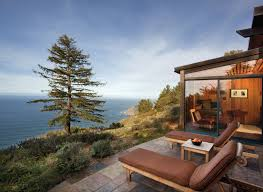 Airbnbu0027s Ambitious Second Act Will Take It Way Beyond Couch Treehouse Vacation California