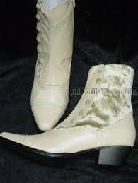 crown vintage bentley riding boot wedding board pinterest crown Wedding Riding Boots Wedding Riding Boots #38 wedding reading book of isaiah