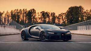 This was the first special release of the chiron and was a shock to many, after the. Los Cambios Del Bugatti Chiron Pur Sport Para Convertirse En Una Maquina De Pista