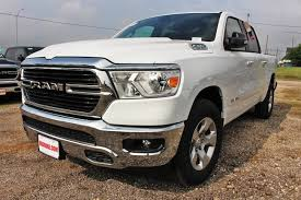New 2019 Ram 1500 BIG HORN / LONE STAR CREW CAB 4X2 5'7 BOX For Sale in the San Antonio and New Braunfels TX area   1C6RREFT5KN828702