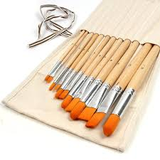 12 nylon paint brushes in canvas holder