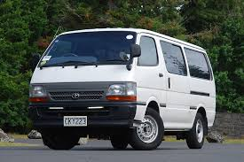 Toyota Hiace 1989-2004 used minibus review | Trade Me