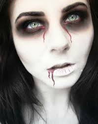as many people have found out to their dismay just having a good costume is not enough and one needs good makeup ideas to make it