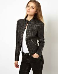a quilted structured shoulder leather jacket is perfect for the girly girl who wants a little edge the quilted pattern adds a feminine touch to the classic