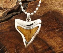 koa wood inlaid sterling silver shark teeth pendant makani hawaii hawaiian heirloom jewelry wholer and manufacturer