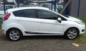 ford fiesta ecoboast 1 0 model 2018 5 door colour white factor a c7 player