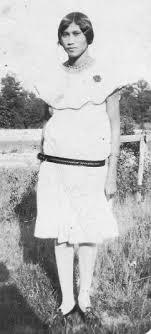 Effie Adkins-Jefferson-Miles (the daughter of Peter L. Adkins and Dora V.  Jones-Adkins) - Ch… | Native american girls, Native american women, Native  american beauty