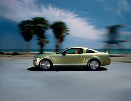 2006 Ford Mustang Pictures, History, Value, Research, News ...