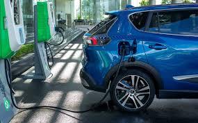 Xe hơi điện khác ở Việt Nam có thể dùng chung trạm sạc với xe VinFast  không?