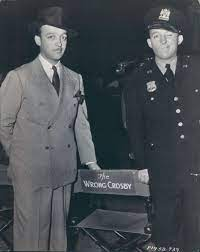 Everett Crosby with his younger brother Bing Crosby in 1937. | Double  breasted suit jacket, Suit jacket, Double breasted suit