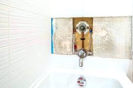 leaking bathtub bathtub shower bathtub shower leaking bathtub shower combination sizes repair bathtub faucet single handle