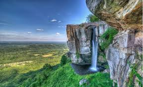 experience chattanooga s iconic attraction rock city lover s leap at rock city