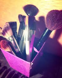 squeaky clean makeup brushes with dawn dish soap by madikaymakeup