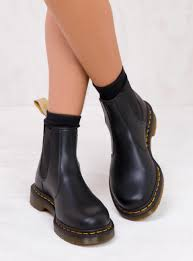 Dr Martens Vegan 2976 Smooth Chelsea Boots Vegan 2976