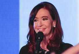 Die Regierung der argentinischen Staatschefin Cristina Fernandez de Kirchner ... - starke-verluste-fuer-argentinische-regierung-41-48245043