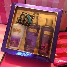 victoria s secret love spell gift set