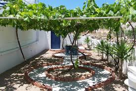 apartment landscape design. Beautiful Design Garden Design With Apartment Patio In Landscape