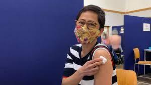 โควิด-19 : เปิดประสบการณ์ฉีดวัคซีนแอสตร้าเซนเนก้าในสหราชอาณาจักร - BBC News  ไทย
