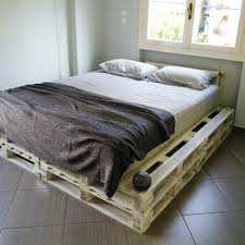 Pallet Home 20 Pallet Ideas You Can Diy For Your Home Pallet Platform Bed
