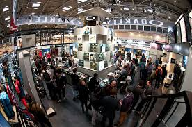 Small Picture Oakley stand at ISPO by Green Room Munich exhibit design