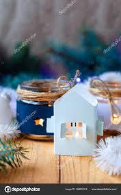Silvester Kerzen Mit Christbaumschmuck Und Eine Weiße Kerze