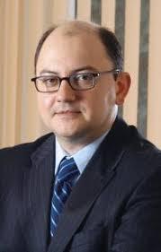 Catalin Cretu, director regional pentru Romania si Bulgaria, Visa International CEMEA Mediul financiar se bazeaza mai mult decat alte domenii pe incredere. - 1126792779