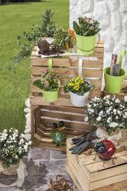 Baumstamm Dekorieren Garten Alte Fenster Im Mit Dekoration Im Garten