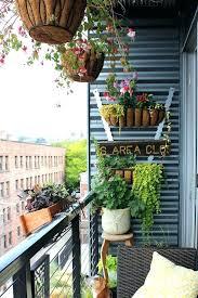 small apartment porch decorating ideas feedercupinfo