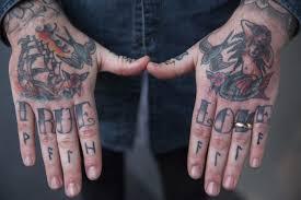 Tatuaggi Mani Idee Come Specchio Dellanima Mens Enjoy
