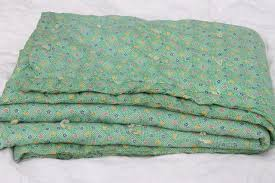 vintage hand-tied cotton print wholecloth quilt, soft puffy wool ... & vintage hand-tied cotton print wholecloth quilt, soft puffy wool filled  'eiderdown' comforter Adamdwight.com