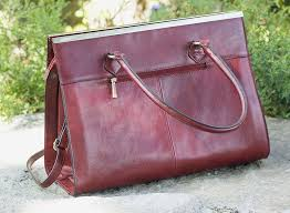 wilsons leather roma leather tote 004