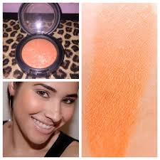 mac le mineralize blush in fresh honey