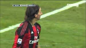 HD Ibrahimovic Amazing Goal - AC Milan vs Brescia 3-0 - Highlights -  05/12/2010